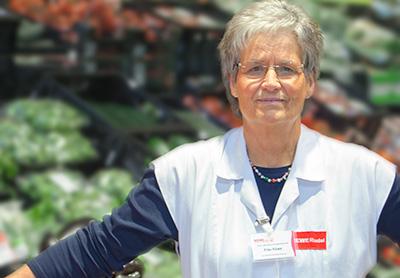 Abteilung Obst und Gemüse Frau Klose